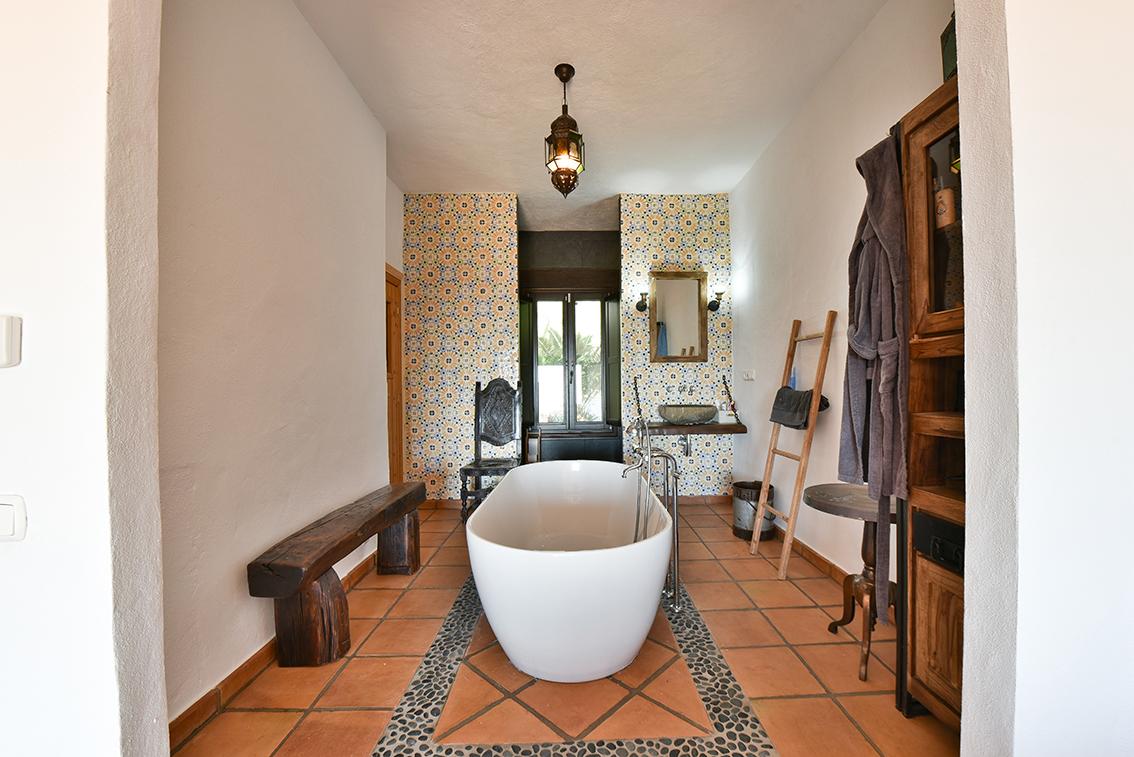 13 badkamerbad_kl.jpg